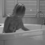 Premier escort bathing naked